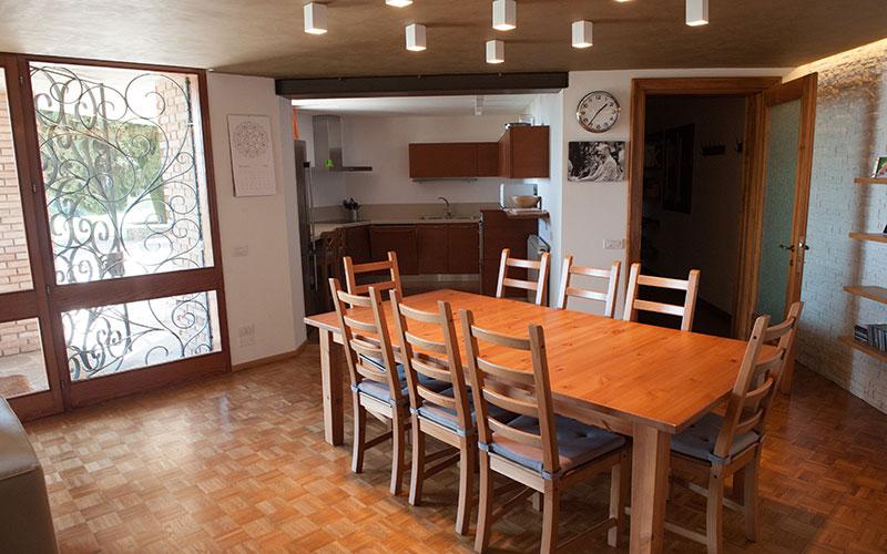 recupero appartamento casa anni 70 tavolo cucina