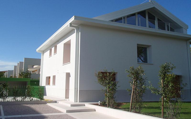 ristrutturazione abitazione anni 60 facciata